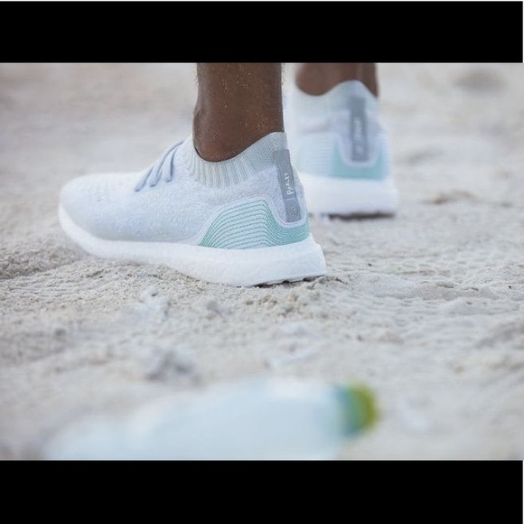 online store 29594 9acd5 Adidas x Parley ultraboost uncaged sneakers